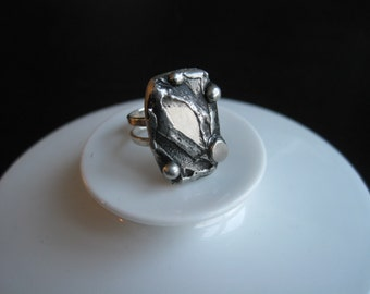 Beautiful large modernist pewter ring by Rune Ottosson, Sweden. 1970s