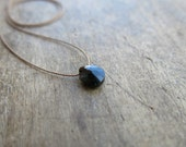 Minimalist necklace with a small  black onix briolette. Everyday necklace. Minimalist choker with a small faceted black onix.