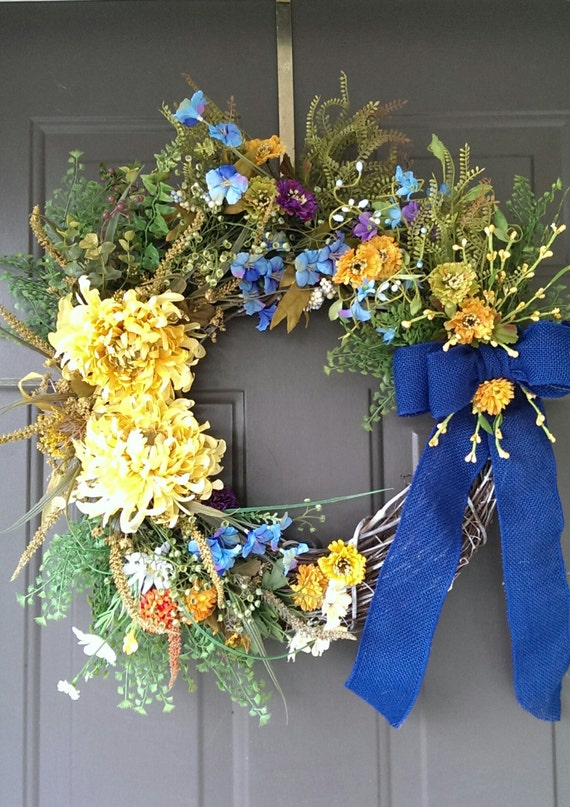 Summer Wreaths, Spring Wreaths, Grapevine Wreaths, Floral Wreaths, Front Door Decor, Shabby Chic Decor, Housewarming Gifts, Wedding Gifts.