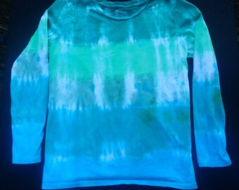 Women's Large Long Sleeve Tie-Dyed T-Shirt