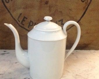 Chabby chic teapot