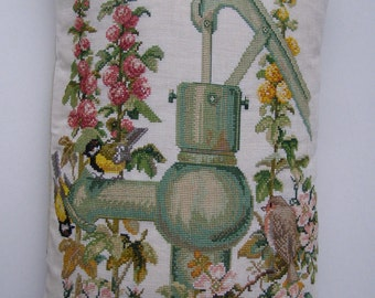 Big  embroided pillowcase  with three birds. 25.59 x 15.75. Zipper. Backside bird on cage.