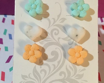 SALE! Daisy and Heart Spring Mix Earring set