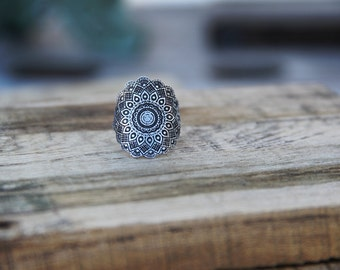 Sterling Silver Etched Mandala Ring
