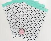 6 panda paper bags 17x25 cm