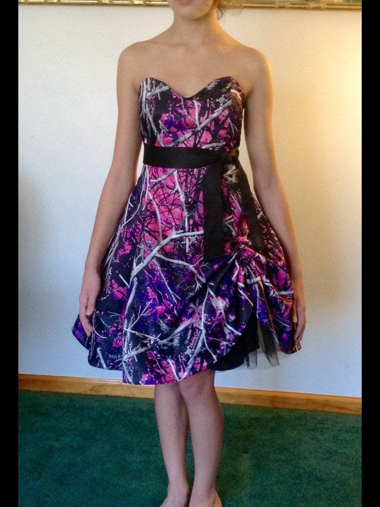 Muddy girl camo dress for Wedding dresses camouflage pink