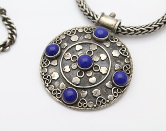 "Vintage 800 Silver Bali Tribal Round Wheat Chain Pendant Necklace w Lapis 17"". [2091]"