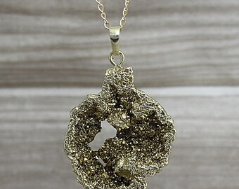NEW Large Geode Druzy Pendant, Gold Crystal Rock Geode, Gold Quartz Geode Beautiful Pendant Electroplated D5S3_04