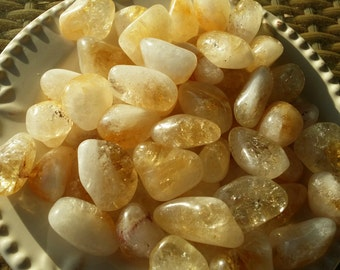 Citrine Tumbled Stone/Crystal with Drawstring Pouch