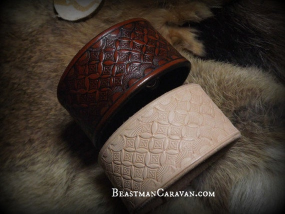 Flower of life - Sacred Geometry - Geometric Pattern Tooled Leather Wrist Cuff - Custom