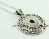 SNAP Jewelry Etched Circle  with Crystals Necklace - Snapdragon Jewelry Noosa Chunk, European style interchangeable jewelry