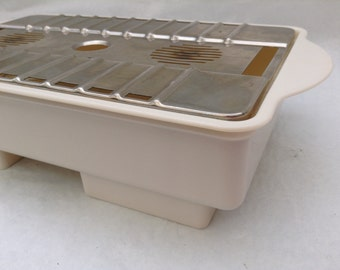 Vintage 1960s Iki food warmer hot plate cream plastic