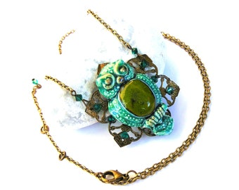 Good luck pendant necklace green owl