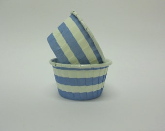 Light Blue Stripe Candy/Nut Cup - Candy, Nut, Cup, Cupcake, Rugby Stripe, Horizontal Stripe