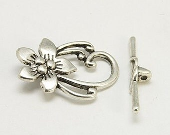 2 Antique Silver Plated Flower Toggle Clasps