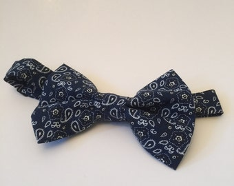Navy Blue bandanna style bow tie.