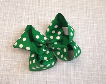 Emerald green and white polka dot hair bow - 4.5 Inches Wide by 4 Inches Tall