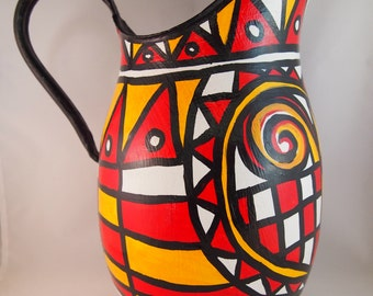 Jazzy, eye catching medium sized jug. Red, hand painted from the Liz Ellard 'Queen of Hearts' series