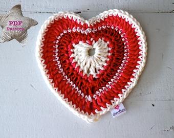 Crochet pattern heart valentine