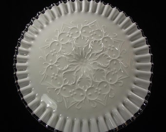 "11""  Vintage Fenton Silvercrest Spanish Lace Cake Stand, Cake Plate"