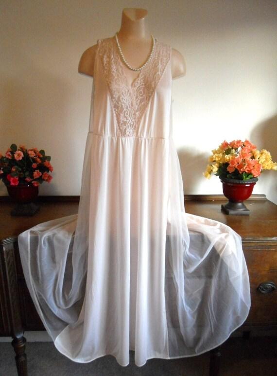 kayser vintage romantique chemise de nuit longue l gante. Black Bedroom Furniture Sets. Home Design Ideas