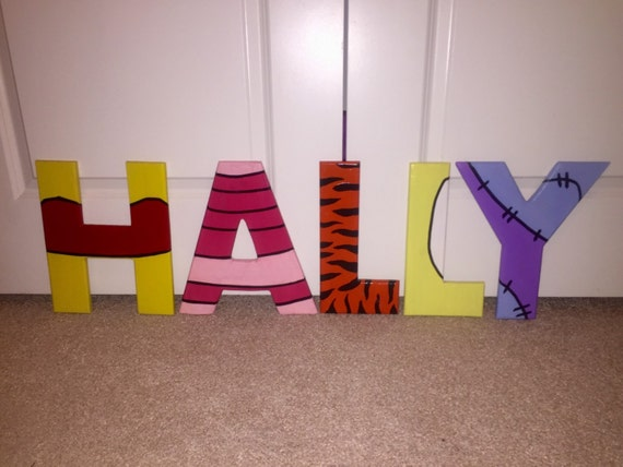winnie the pooh hand painted letters