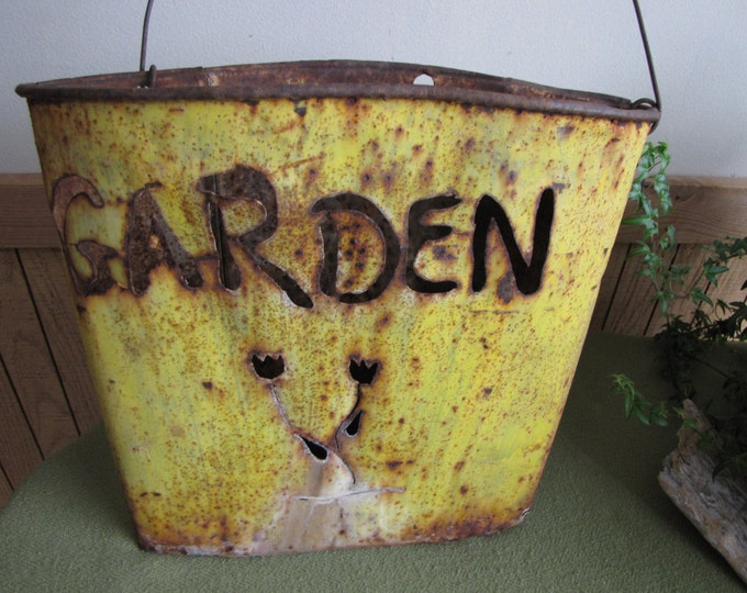 Maple Syrup Sap Bucket Yellow Rustic Farmhouse Vintage Re-purposed Buckets