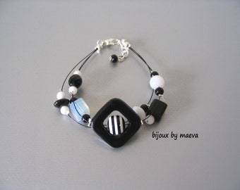 black and white jewelry Bracelet black and white striped fancy beads