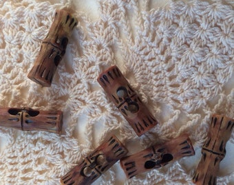 6 Vintage Brown Bamboo Buttons 1960's