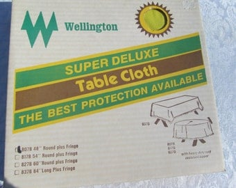 Vintage   Wellingon  Deluxe  Outdoor  Table  Cloth  48''  round  NIB  yellow  plus  Fringe