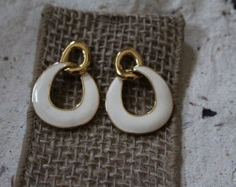 Vintage Monet Gold Tone with Cream Color Enamel Pierce Earrings