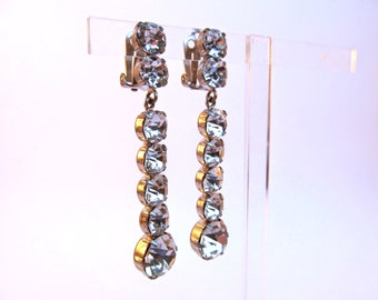 1950's Chic Crystal Clear Rhinestone Clip-on Earrings