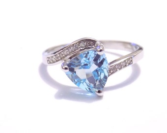 gemstone ring, Rings, ring us 8, Blue topaz ring , topaz ring , blue ring , sterling silver ring, silver ring