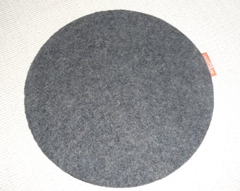 "Mouse pad 7 -1/2"" diameter, 100% wool felt. Non slip back surface. Handsome!"