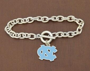 North Carolina Tar Heels Epoxy Logo Toggle Bracelet