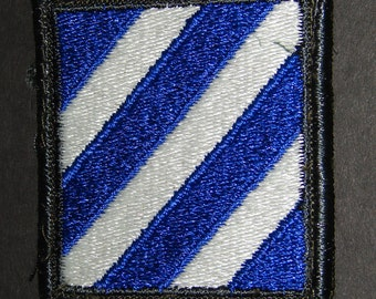 3rd Infantry Division Patch Shoudler Patch Collectible to wear or us as a prop or just collect