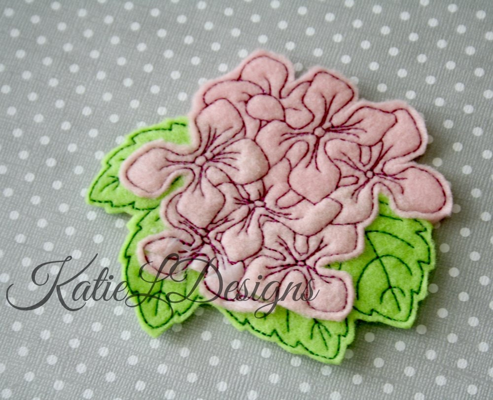 Ith hydrangea flower feltie machine embroidery design pattern