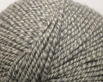 Classic Elite Chesapeake organic cotton/wool blend worsted weight yarn (5920 Oxford)