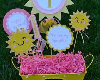 Happy Birthday  I am one Sunshine centerpiece