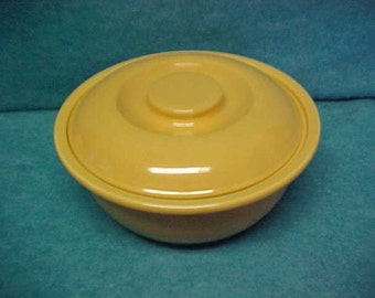 "Homer Laughlin Kitchen Kraft Casserole Large 8"" Yellow"