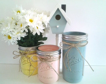 hand painted, distressed, mason jars.rustic, cottage chic, farmhouse chic, french country