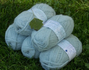 Patons Essence Chunky Yarn Pack - 5 x 50 g balls (Mint)