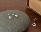tiny sterling silver disc stud earrings / meoMADE