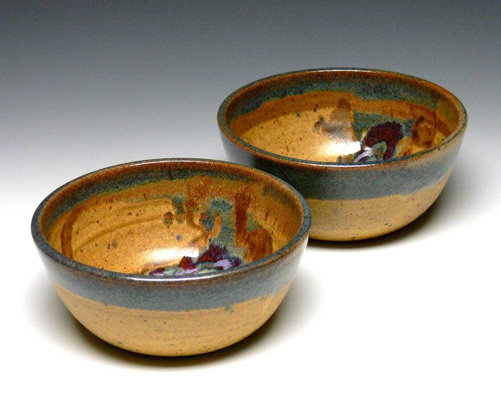 Stoneware Soup Bowls - Castrophotos