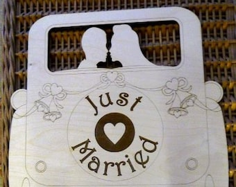 Beautiful Wedding car plaque to personalise