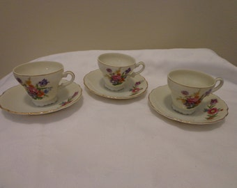 Victorian  Floral Gold Gilded Set of 3 Demitasse Set,  3 Fine China Little Cup and Saucer, Espresso fine china set, 3 Teacups and 5 Saucers