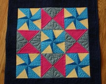 Mini Quilt Pattern PDF- Twirling Star