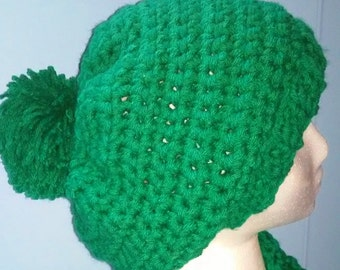 Emerald green slouch hat perfect for Christmas and St. Patrick's Day!  Unisex slouch hat. Green irish hat. Warm slouch hat