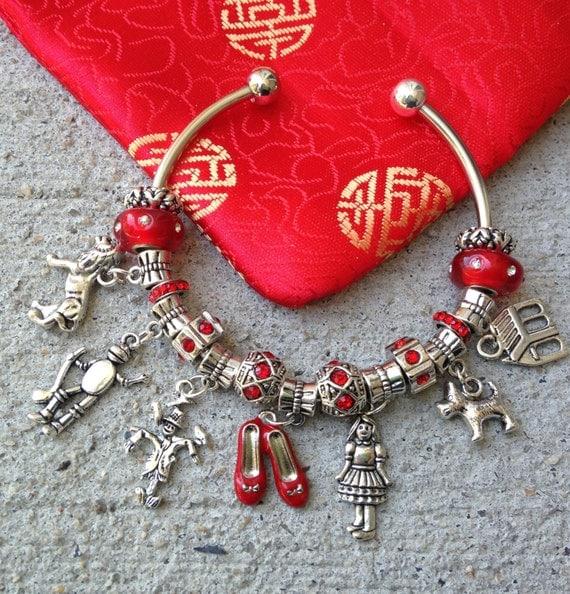 The wizard of oz charm bracelet ooak movie jewelry cute bracelet