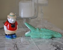 Tourist and Alligator Salt and Pepper Shakers, Kitschy Kitchen Decor